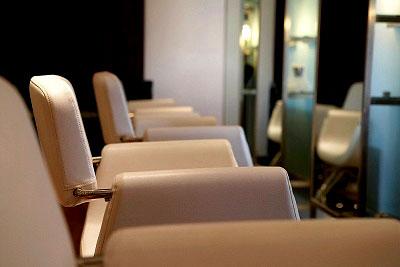 Arredamenti per parrucchieri globelife gossip for Arredi per parrucchieri