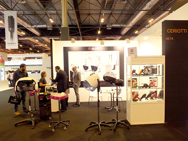 Ceriotti alla fiera salon look madrid l 39 azienda leader for Arredamento per fiere